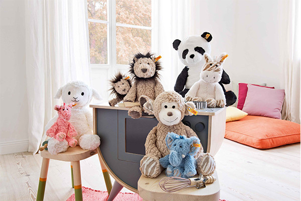 Stuffed & Plush Animals